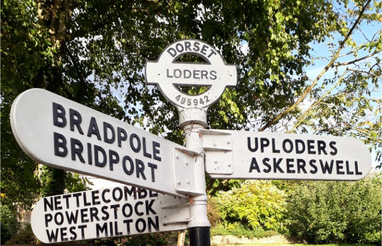 Loders Fingerpost